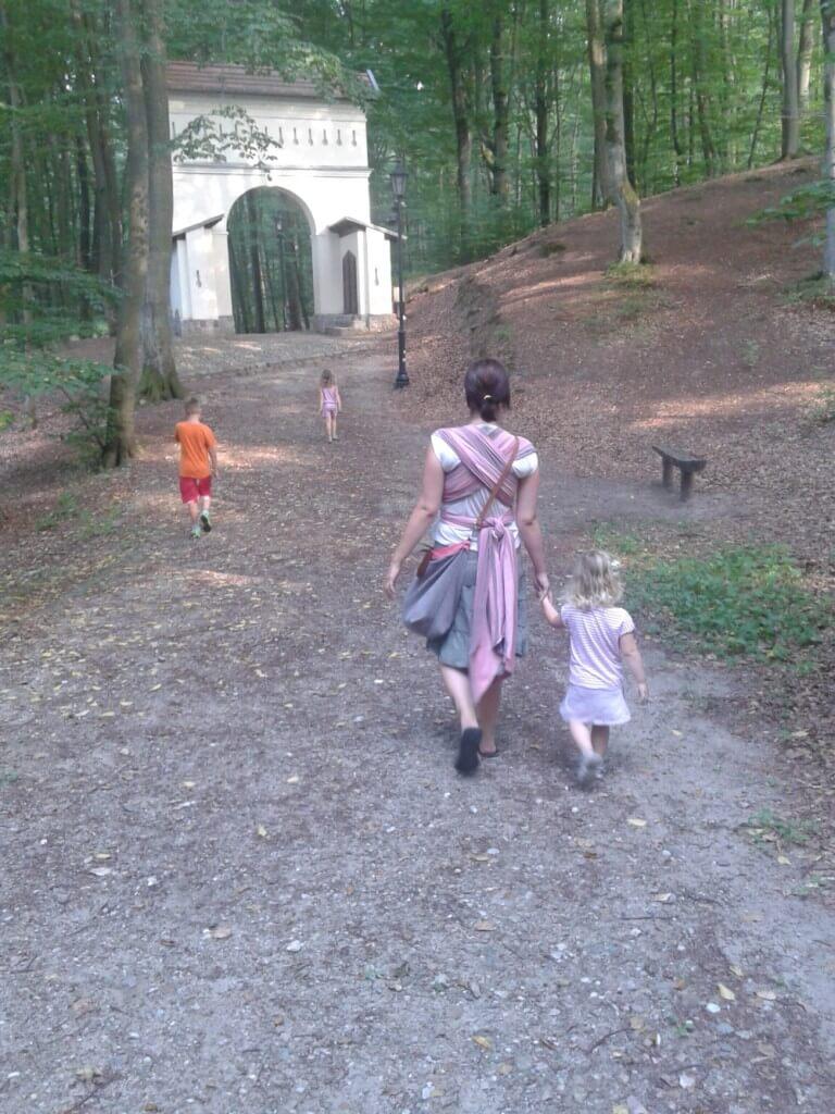 Marjanna się bardzo namęczyła, żeby zrobić dla Was to zdjęcie - na pozostałych Syn wyglądał mało uprzejmie ;)